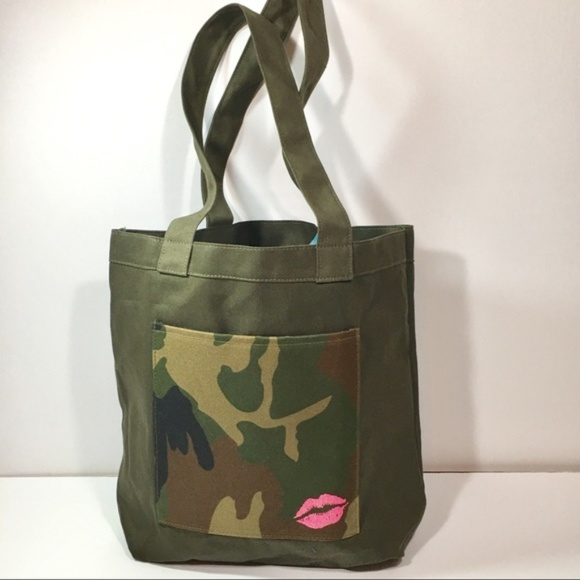 3ec867a3194c Bloomingdale s Handbags - Camo Tote SALE ...